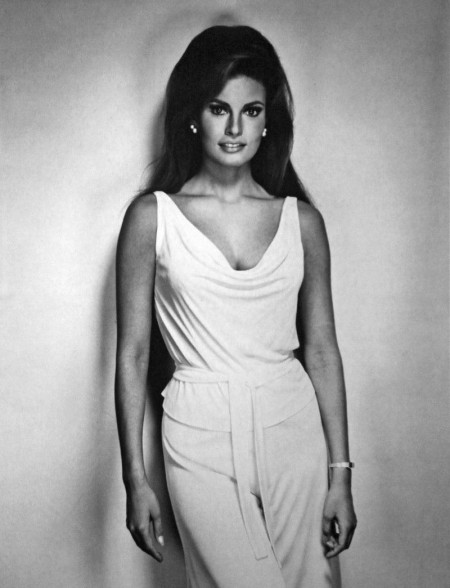 Full Raquel Welch